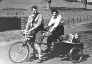 tandem + sidecar c1948